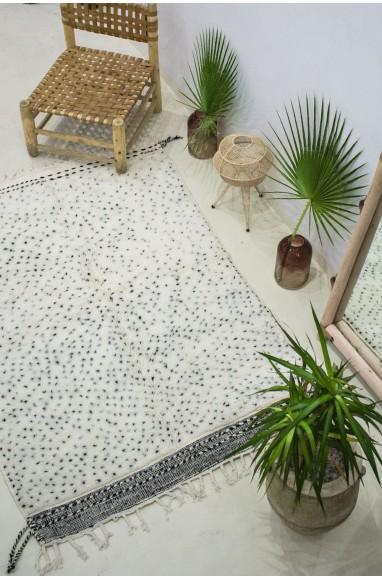 "Carpet Beni Ouarain ""Confetti"" black and white"