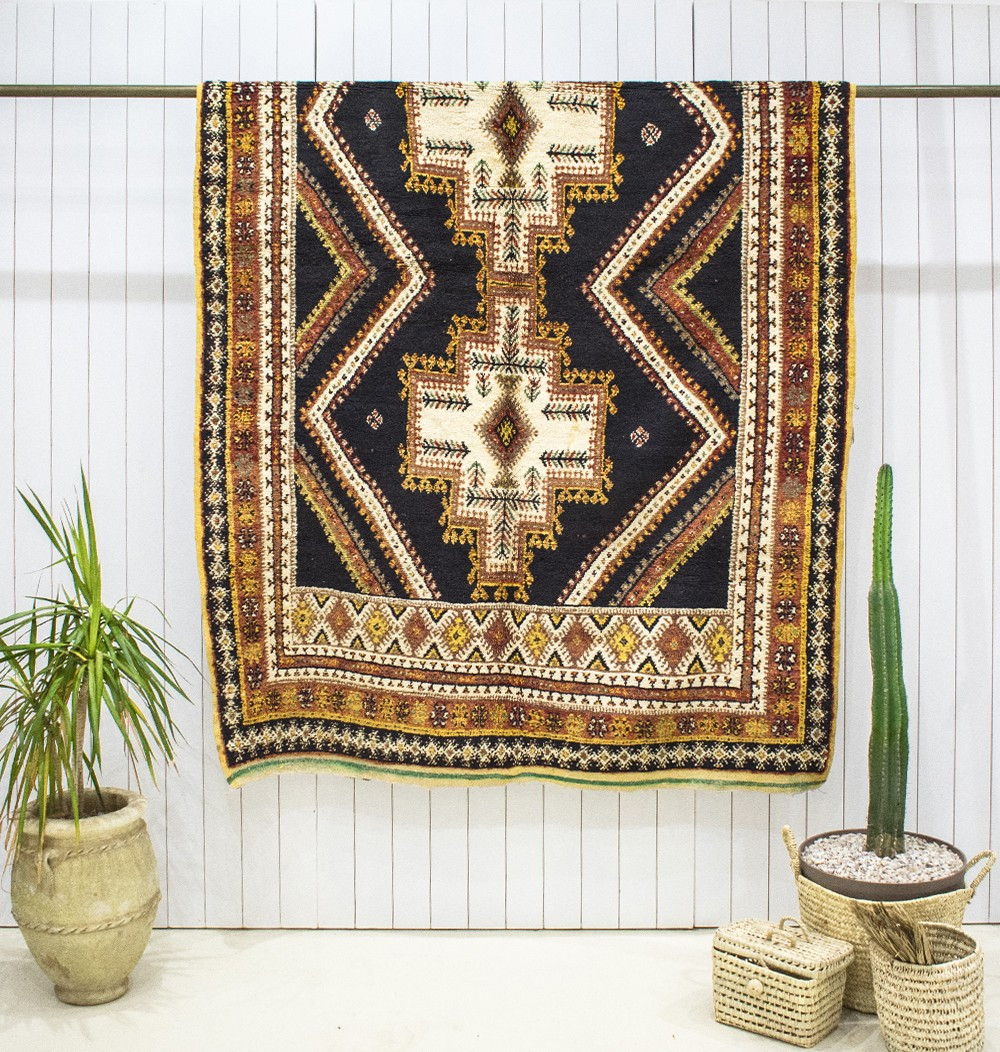 """Vintage rug """"Berber cross"""""""