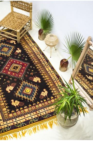 """Vintage """"Peacocks"""" rug"""