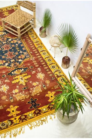 """Vintage """"Versailles"""" rug"""