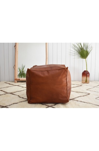"Pouf carré ""Cube"" marron"