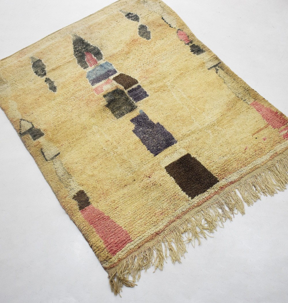 "Small Berber rug ""Fléchages"" ecru background"