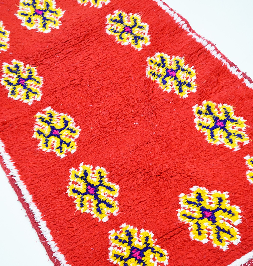 "Small Berber carpet ""12 flowers"""
