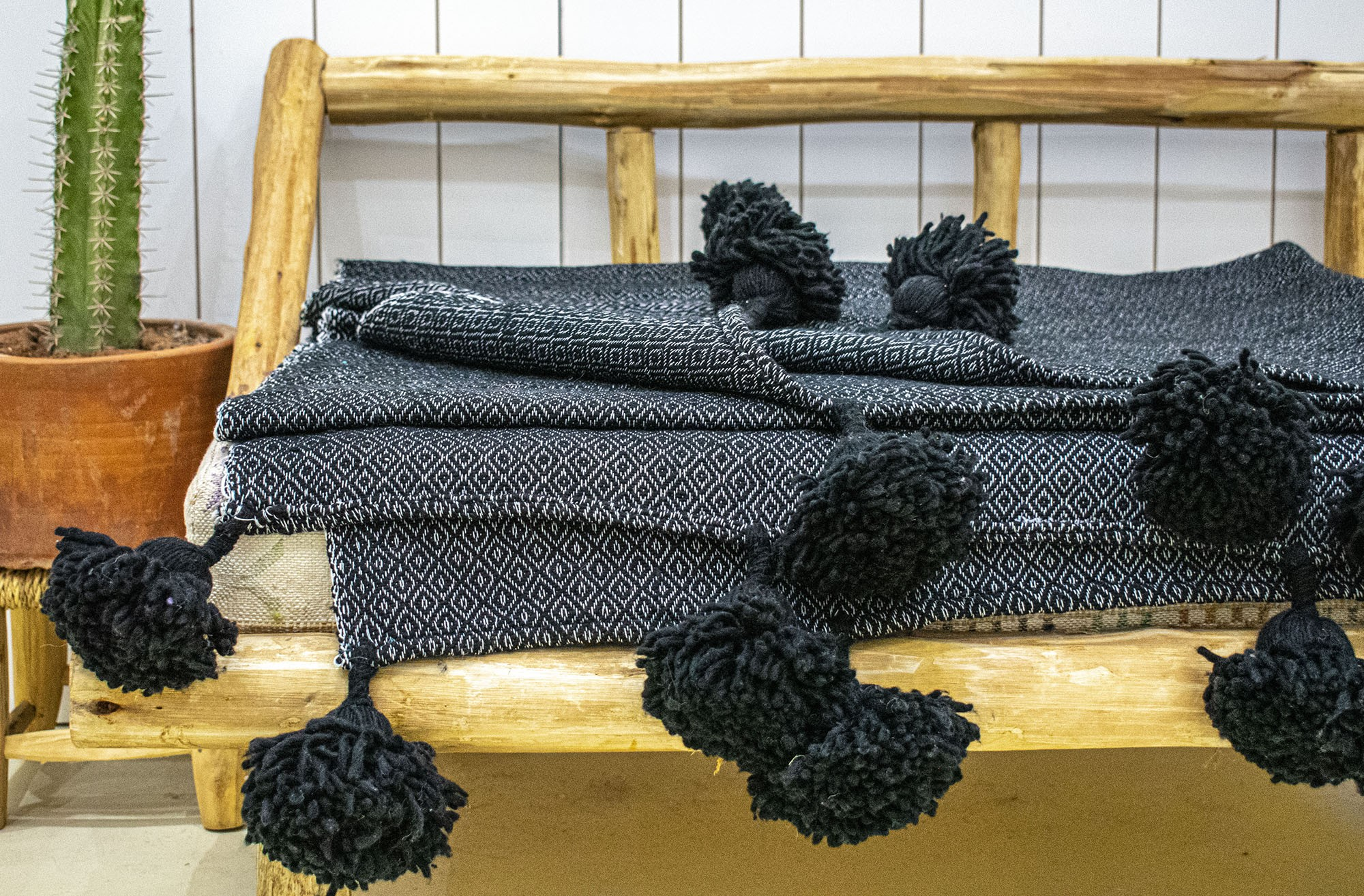 "Berber plaid ""Gray and black"""