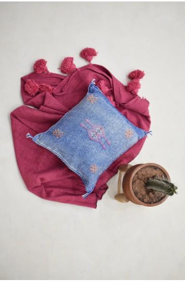 Irregular blue berber cushion cover
