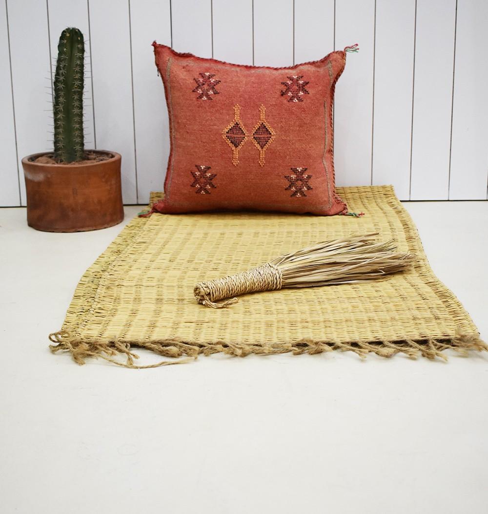 Tonal red Berber cushion cover