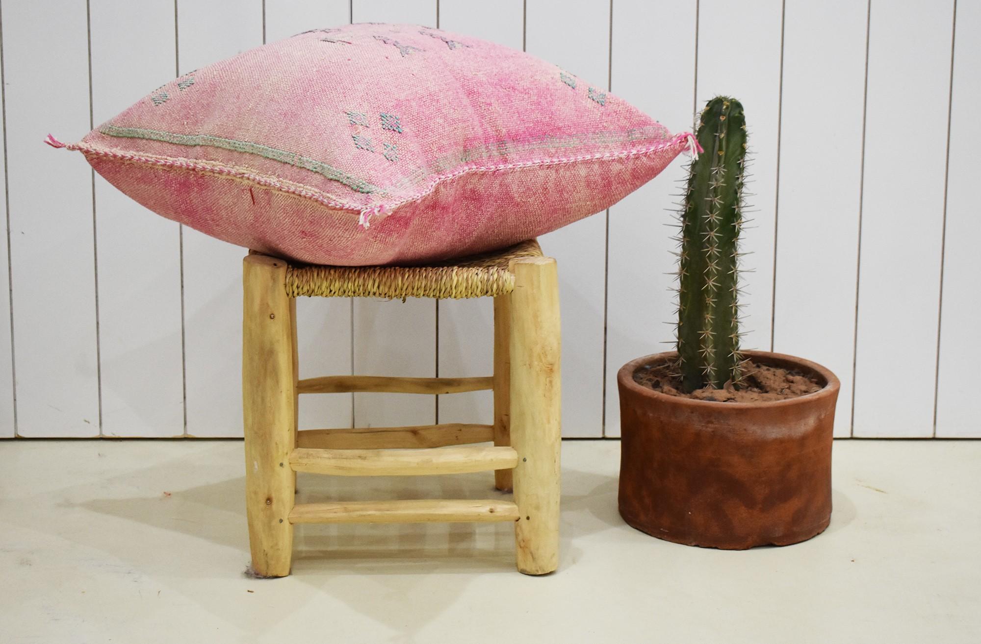 Housse de coussin 45x45 berbère rose