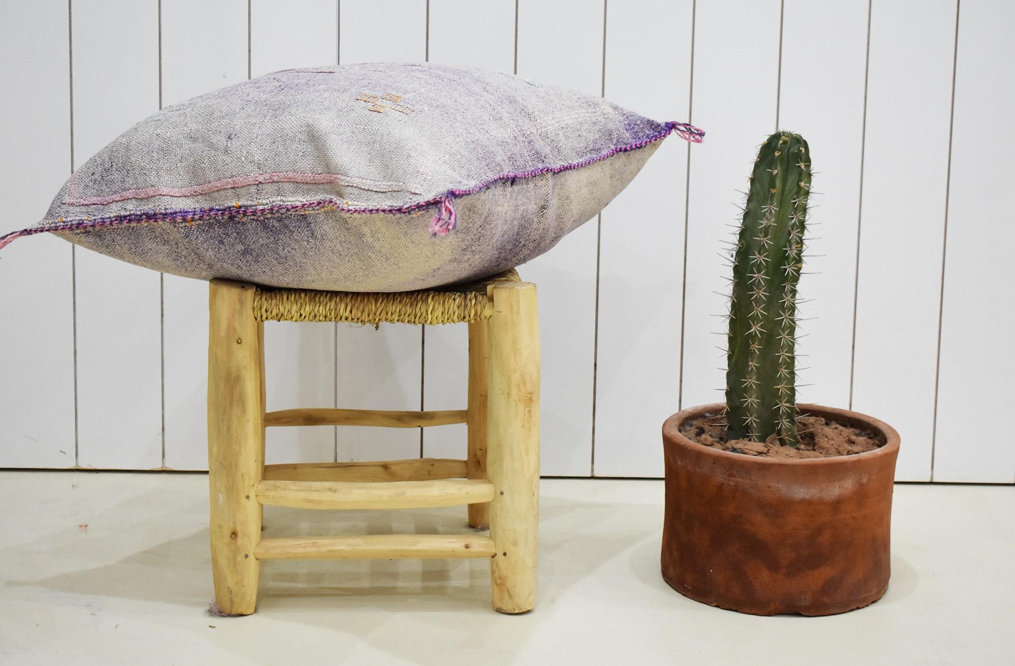 Tonal purple Berber cushion cover