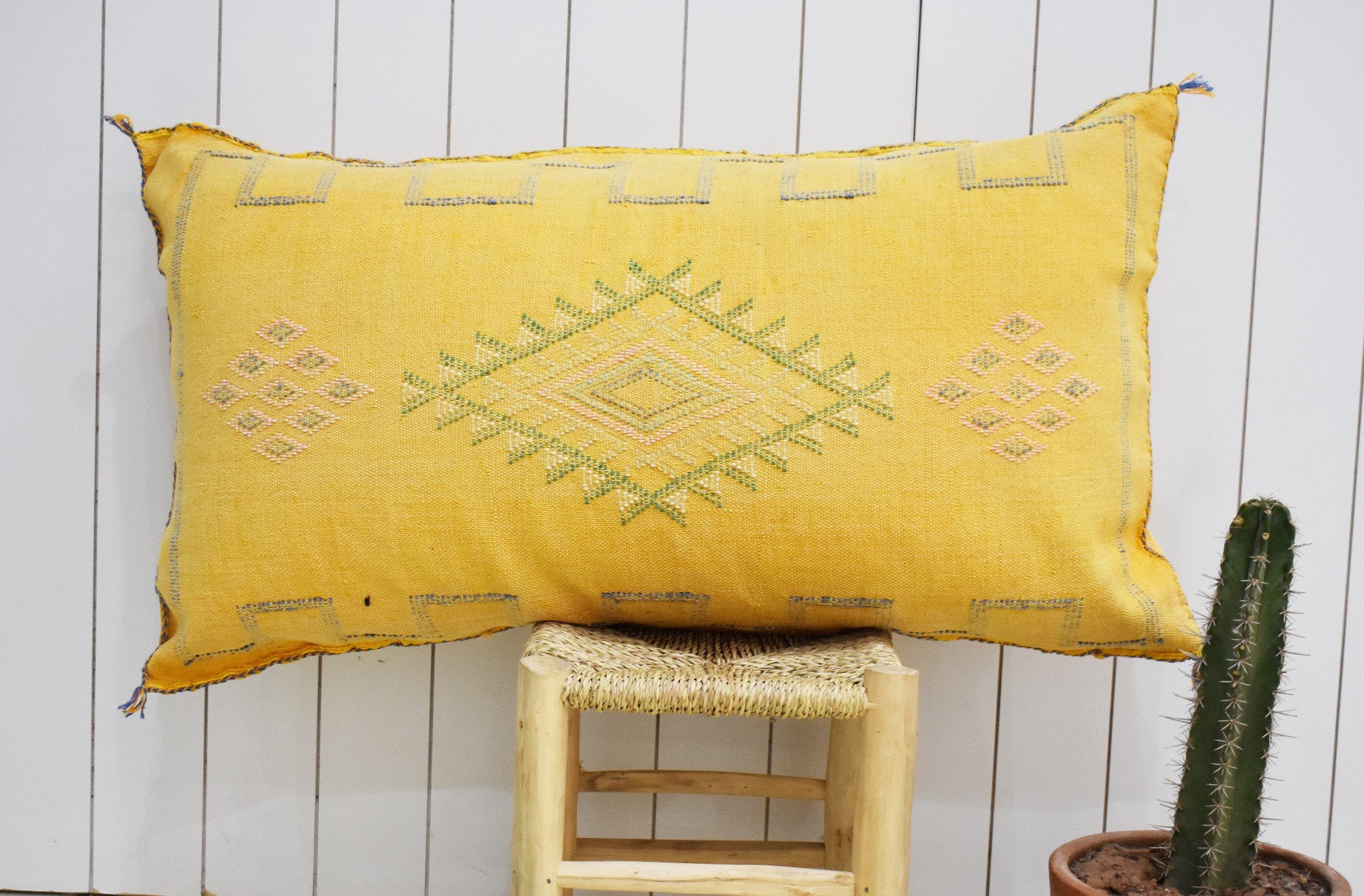 Yellow sabra bolster
