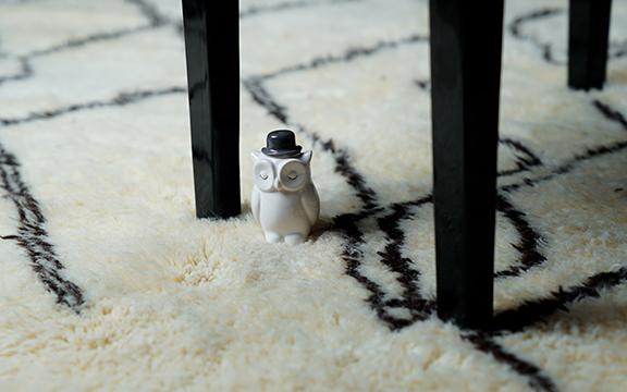 Tapis Beni Ouarain en Laine douce et Noir et blanc