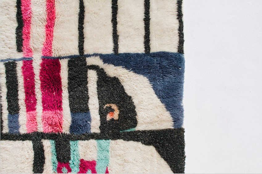 tapis berbere rose blan en laine