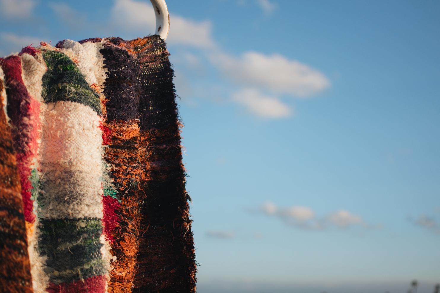 nettoyer son tapis berb re en laine nos astuces le. Black Bedroom Furniture Sets. Home Design Ideas